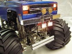 Tamiya Clodbuster 58065 Blue and Chrome - Front Bumper Chevy Lights